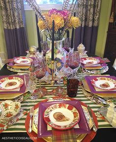 Paper plate thanksgiving table, Caspari