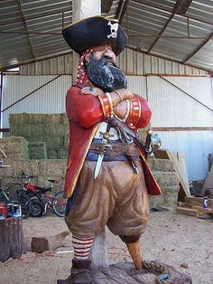Chainsaw carving by danielswoodland.com would love to have this standing guard as you drive in