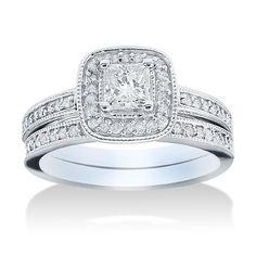 "<li>Princess-cut white diamond bridal set</li><li>14k white gold jewelry</li><li><a href=""http://www.overstock.com/downloads/pdf/2010_RingSizing.pdf""><span class=""links"">Click here for ring sizing guide</span></a></li>"
