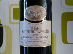Trés bon rouge. Perfect red wine !! Bordeaux Supérieur 2009. ABSC. A Saint-Genes de Fronsac, Bordeaux, France.