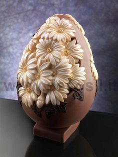 Egg Chocolate Mould Daisies, Moulds for Easter decorations #chocolate #easter buy now the mould on www.decosil.eu