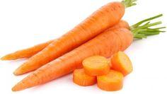 A cenoura é uma raiz tenra e saborosa, com muitas vitaminas, nomeadamente a A. É também rica em betacaroteno. Mas sabes como escolher e conservá-las? #Cenouras #dicas #truques #cozinha #cenouras