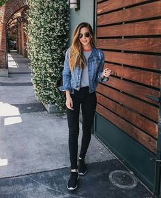 athleisure - yes or no? #jeanjacket #leggings