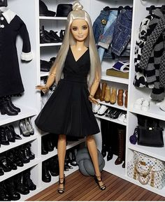 Outfit from barbie Barbie Tumblr, Fashion Dolls, Girl Fashion, Realistic Barbie, Barbie Hairstyle, Barbies Pics, Barbie Sets, Barbie Fashionista Dolls, Barbie Model