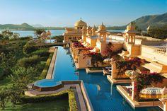 Les bassins du Oberoi Udaivilas, Inde