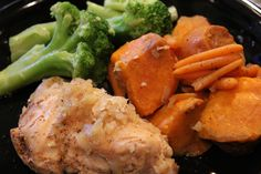 Healthy slow-cooked chicken & sweet potatoes.  Recipe video:  http://youtu.be/ydAIQJ5No8Q