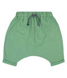 These organic cotton baby shorts from Sense Oragnics have a slightly wider cut and an elastic waistband. The small cord is only for decoration. Small Envelopes, Thick And Thin, Friend Wedding, Organic Cotton, Legs, Boutique, Shorts, Stylish, Green