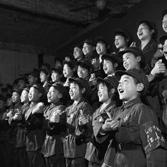 Little Red Guards singing Mao quotations, 1966