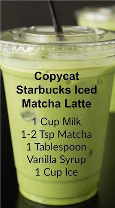 Copycat Starbucks Iced Matcha Latte ~ This copycat recipe shows you how to make your own Starbucks Iced Matcha Latte at home with just three ingredients.<br> Save money by making this copycat Iced Matcha Latte recipe that tastes exactly like Starbucks! Juice Smoothie, Smoothie Drinks, Healthy Smoothies, Healthy Drinks, Matcha Smoothie, Matcha Drink, Healthy Food, Matcha Latte Iced, Starbucks Matcha Green Tea Latte Recipe