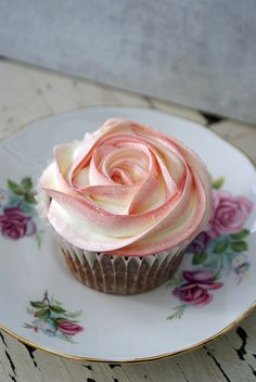 Buttercream rose swirls are so pretty - use a 1M tube and start from the middle.  You get a completely different effect if you start from the outside and swirl in.