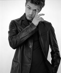Ryan Phillippe, Faux Leather forever Real Leather never
