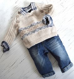 This sweet little sweater is a relatively easy knit. Comes with a chart for the fair isle pattern on the front, or alternatively could be knitted in one colour in a 5ply (Fine #2, Sport, Baby) yarn. This sweater also looks lovely knitted in one colour.