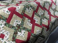 lover's knot by Jessica's Quilting Studio, via Flickr
