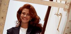 Pin for Later: 20 Pretty Woman Moments You'll Love Forever Finally, the knight in shining armor and the crazy-beautiful, bouncy hair.