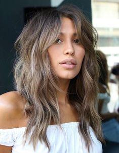 Shaggy Layered Haircut, Layered Haircuts For Medium Hair, Long Shag Haircut, Shaggy Long Hair, Haircuts For Long Hair, Medium Hair Cuts, Long Hair Cuts, Medium Hair Styles, Long Hair Styles