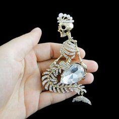 OMG! I love this brooch!: