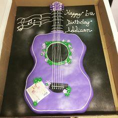Guitar Pull-apart Cake