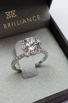 d9509aa35 498 Best jewelry images in 2019 | Wedding bands, Estate engagement ...
