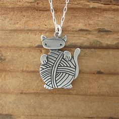 Sterling Silver Knitten Necklace