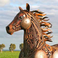 les-sculptures-en-recyclage-de-ferraille-de-Jordan-Sprigg-5