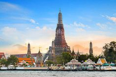 Bangkok is one of the greatest holiday destinations one can visit. Now, today we will talk about the best places to visit in Bangkok to enjoy your Vacation to t Top Travel Destinations, Travel Tours, Bangkok Travel, Holiday Destinations, Phuket, Playa Railay, Vietnam Cruise, Areas Protegidas, Thailand Tourism