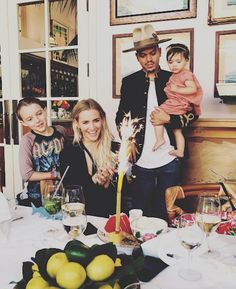 Ashlee Simpson Celebrates Birthday With Family, read more at http://my-healthy-pregnancy.info/