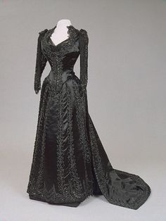 1880s Empress Maria Feodorovna House of Worth Gown