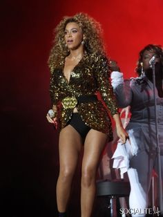 Beyonce Crazy Stage Outfits Performing