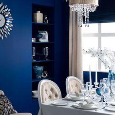 Esszimmer Wohnideen Möbel Dekoration Decoration Living Idea Interiors home dining room - Blau-Esszimmer mit weißen Tisch und Stühle