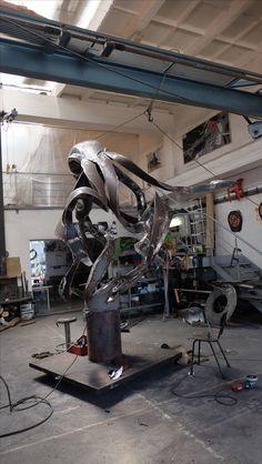 work of sculptor Jakub Trajter , sculptures , objects , instalations custom design .Materials as welded steel ,cast bronze or instalations Sculpture Art, Sculptures, Bratislava, Octopus, Steel, Calamari, Steel Grades, Diving Regulator, Squidbillies