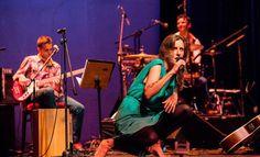 Queyi en concierto: VIERNES 5, 12 Y 19 DE DICIEMBRE 2014, 21:00 HS - SALA DELMIRA AGUSTINI (Montevideo, Uruguay)