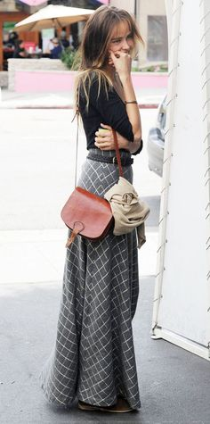 street style with maxi skirt, i love the length.