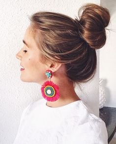 Fun earrings + messy bun = ready for the weekend! These pink and turquoise cuties are $32 and I'm in love! Shop them here: http://liketk.it/2qnna once you've registered for @liketoknow.it ! #liketkit