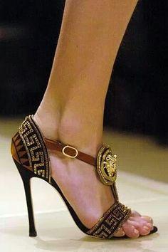 Oh la la ~ Versace