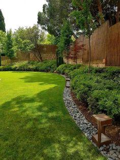 40 Impressive Backyard Landscaping Ideas On A Budget 40 beeindruckende Hinterhof Landschaftsbau Ideen mit . Landscaping Supplies, Small Backyard Landscaping, Modern Landscaping, Front Yard Landscaping, Landscaping Ideas, Backyard Designs, Backyard Ideas, Backyard Privacy, Backyard Layout