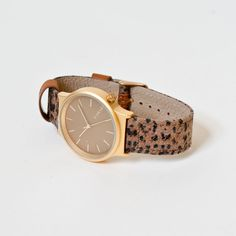 This Print Series watch in Leopard print features  Japanese quartz movement 36mm…
