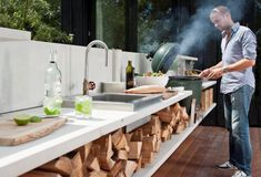 Outdoor kitchen with a big green egg - bring it.