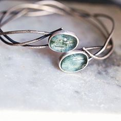 Seaweed inspired sterling silver bracelet  with ocean colored aquamarines   #hwseacollection #harmonywintersjewelry #oceanlove