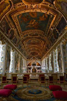 Chateau de Fontainebleau ~ Paris, France