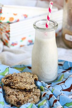 Back to school Banana Bread Milkshakes by @Jenna (Eat, Live, Run) via @PBS Food