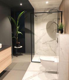 Svanesjø Nelly - Walk in dusj sort matt – Nygaard Bad Modern Bathroom Design, Bathroom Interior Design, Interior Decorating, Bad Inspiration, Bathroom Inspiration, Floating Sink, Home By, Diy Bathroom, Cheap Home Decor