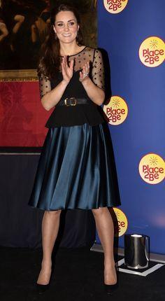 Jenny Packham ist ein Favorit der Herzogin. | Kate Middleton hat sich in diesem Jahr selbst übertroffen | POPSUGAR Deutschland