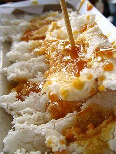Betawi : Kue Rangi (sago, grated coconut and brown sugar sauce)