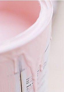 Empty bucket with pretty pastel!