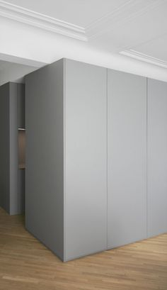 Apartment in Rue Monge, Paris, architects RMGB: the perfect color scheme. In the whole apartment you'll find soft grey tones in combination with wooden and concrete floors and white walls. All the doors and build in furniture elements got this beautiful grey color which makes it clean. We love to see what a simple addition of color can do. And because it's so used, you will not get bored soon. You can do this with any color, but because grey is such an clean and easy color, it works…