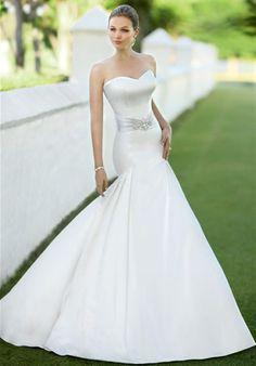 Wedding Dress by Essense of Austrailia D1098