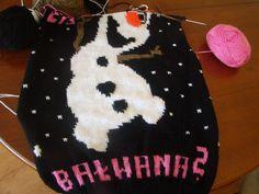 Sweter: ulepimy dziś bałwana