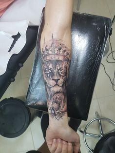 #liontattoo #crown #tattoo #lion #besttattoo #maletattoo