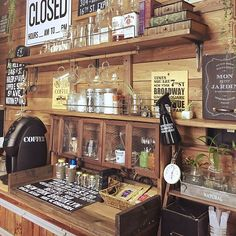 Rustic Decor, Farmhouse Decor, Diy Home Decor, Room Decor, Coffee Store, Vintage Kitchen Decor, Wooden Projects, Shop Interiors, Liquor Cabinet