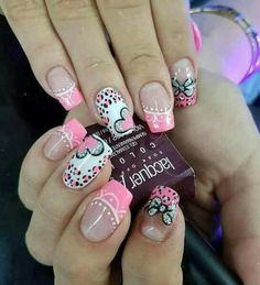 Cute Nail Art Ideas to Try - Nailschick Love Nails, Pink Nails, Pretty Nails, Purple Nail Designs, Simple Nail Art Designs, Valentine Nail Art, Holiday Nail Art, Fabulous Nails, Perfect Nails